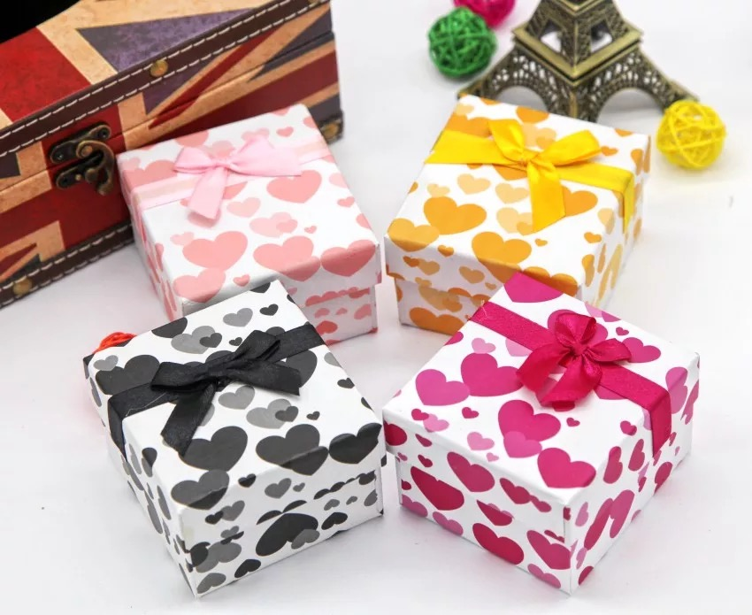 China Square gift box/dog Jewelry Paper Box/earring box/paper box for jewelry in EECA Packaging